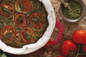 Frittata con pesto e pomodori