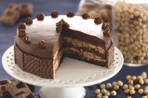 Ricetta Torta con crema ai wafer alla nocciola
