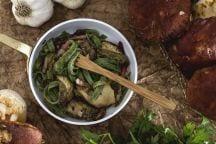 Tagliatelle di frittatine verdi con funghi e speck