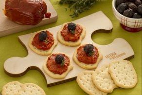 Ricetta Schiacciate con nduja e olive nere infornate