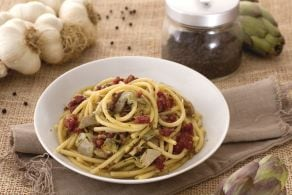 Ricetta Bucatini con zampone croccante e carciofi