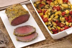 Ricetta Roast beef agli agrumi con teglia di patate zucchine e pomodorini