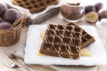 Gaufres al cioccolato e frutto della passione