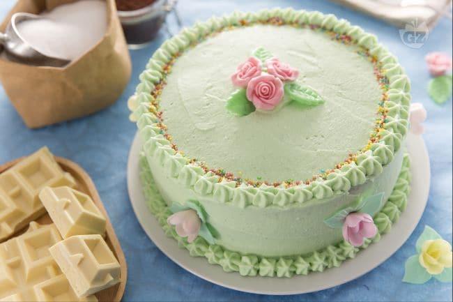 Ricetta torta farcita a strati la ricetta di giallozafferano - Decorazioni per torte di carnevale ...