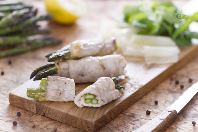 Involtini ripieni di asparagi