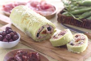 Ricetta Rotolo ai piselli con crudo e pomodori secchi
