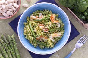 Pasta al verde con gamberetti