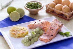 Ricetta Filetto di salmone con rosti e crema di piselli