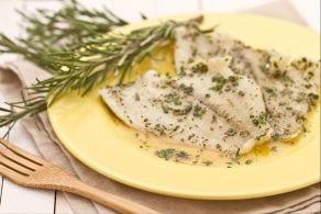 Filetto di platessa al miele e erbe aromatiche