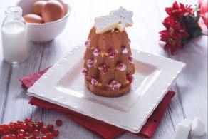 Alberelli di pandoro con crema pasticcera e ribes