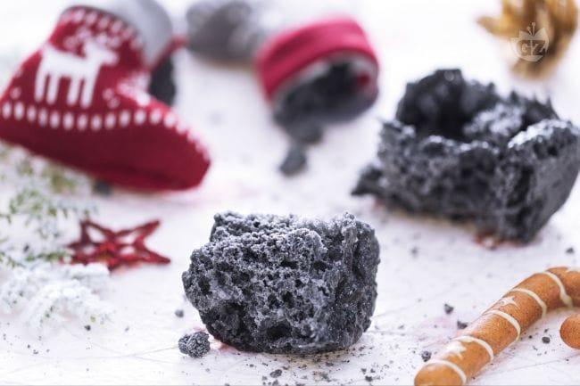 Risultati immagini per carbone befana