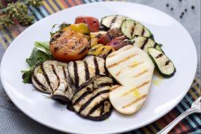 Ricetta Insalata con scamorza e verdure grigliate