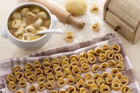 Ricetta pasta fresca tortellini