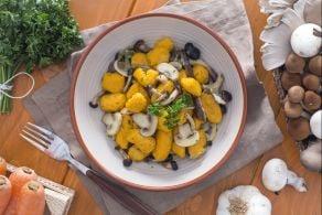 Ricetta Gnocchetti  di carote con funghi misti