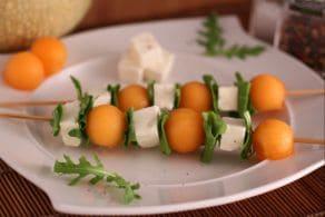 Ricetta Spiedini di melone, feta e rucola