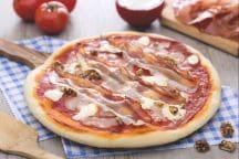 Pizza mascarpone speck e noci