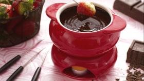 Fonduta al cioccolato con fragole