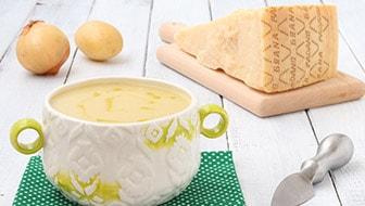 Zuppa di patate e cipolla al Grana Padano DOP