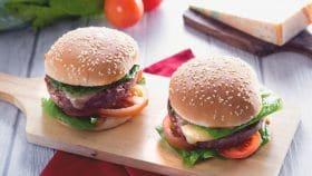 Burger di manzo con maionese di soia