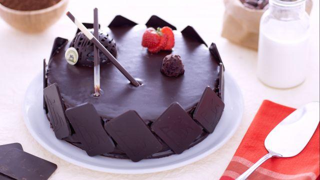 Torta con diplomatica al cioccolato