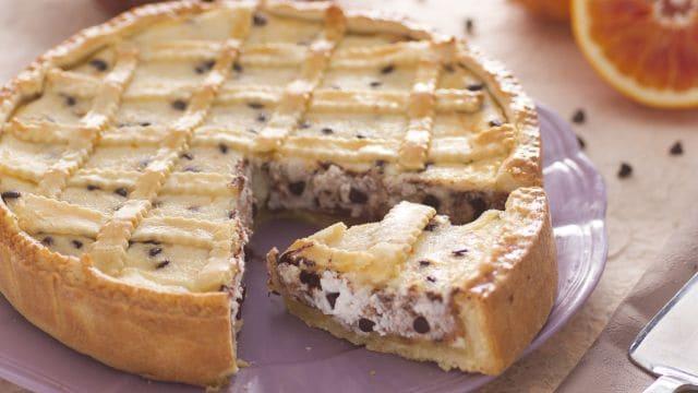 Crostata pasquale alla ricotta e cioccolata