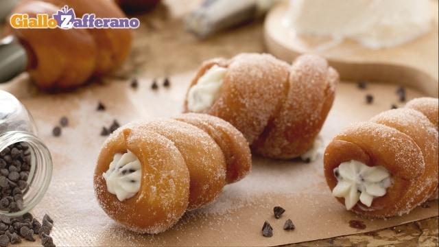 Cartocci siciliani fritti