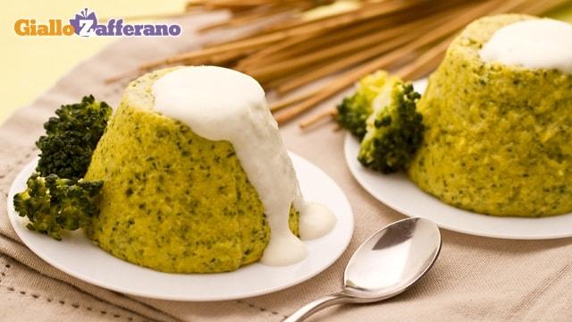 Sformati di broccoli con salsa al caprino